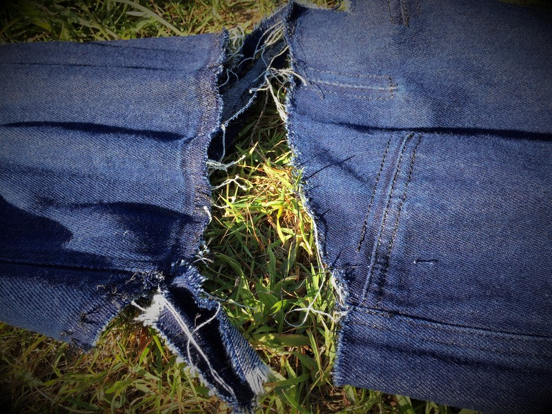 Schritt hose gerissen im Jeans