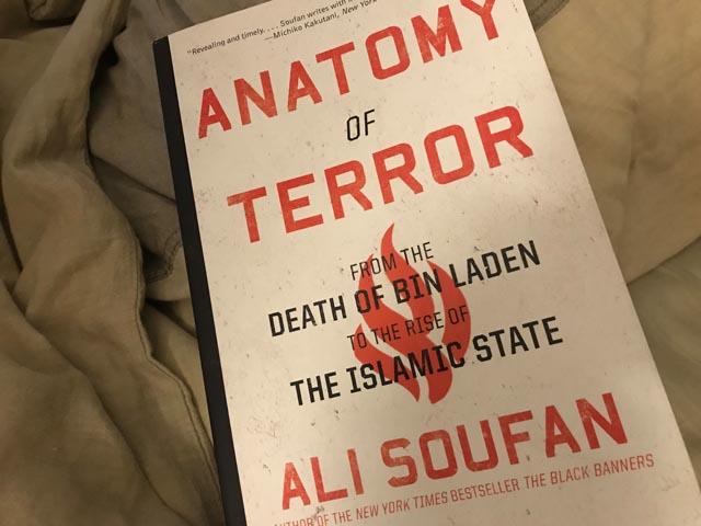 BOOKS & MORE: Die Anatomie des Terrors – SPARTANAT
